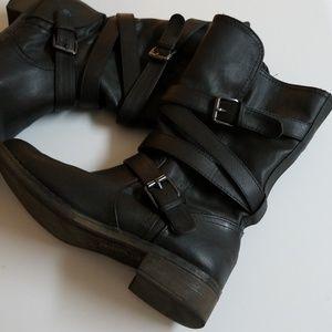 REPORT ~STYLISH BLACK BOOTIES